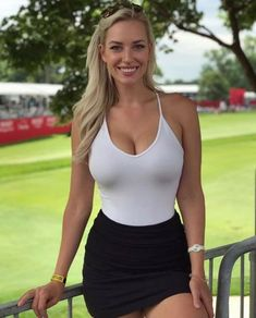 Images of Actresses, Models and all manner of female eye-candy. Beauté Blonde, Mädchen In Bikinis, Looks Pinterest, Jolie Lingerie, Gorgeous Blonde, Celebs, Celebrities, Female Athletes, Sport Girl