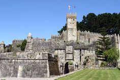 CASTLES OF SPAIN - Castillo de Monterreal, Bayona, Pontevedra. Fortaleza del siglo XII, existe restos romanos, visigodos y musulmanes en el lugar, fue reconstruido en el S.XVI. En 1331 la fortaleza fue atacada por la flota portuguesa del almirante Peñaza, fijando Fernando I de Portugal su residencia en el castillo. Soportó también los ataques piratas de Francis Drake, y vio la llegada el 1 de marzo de 1493 de la carabela La Pinta.