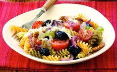 Ensalada de pasta con tomates y aceitunas #aceitedeoliva #dietadeverano