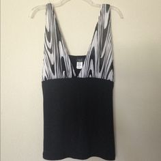 95f826aca47 Cute Black  amp  White Tank Top Size Large Cute and Comfy Black And White  Tank