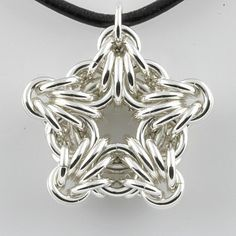OMG! I really must try this! Chainmaille Star Crafting Archives | Page 9 of 236 | Craft ~ Your ~ HomeCraft ~ Your ~ Home | Page 9