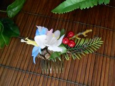 Forest wedding flower hair comb fairy woodland spring hair piece berries headpiece twigs natural