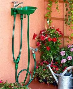 Outdoor 2-in-1 Water Fountain Faucet
