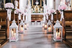 candles along the aisle are always a good idea | fineart wedding ceremony flowers in pretty shades of pink and white with sweet peas, garden roses and hydrangeas by TML | TABEA MARIA-LISA