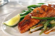 This is a marinated salmon filet asian style recipe, which is a more alkaline alternative for a Christmas meal and is very flavoursome due to the asian spices and herbs used. Alkaline Diet Plan, Alkaline Diet Recipes, Seafood Recipes, Cooking Recipes, Healthy Recipes, Healthy Meals, Easy Recipes, Steamed Salmon Recipes, Recipes