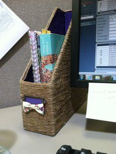 DIY office supplies: File/Magazine holder.