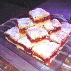 Szilvás pite pudingos töltelékkel Recept képpel -   Mindmegette.hu - Receptek Hungarian Cake, Hungarian Recipes, Good Food, Yummy Food, Sweet Cakes, Winter Food, Keto Snacks, French Toast, Deserts