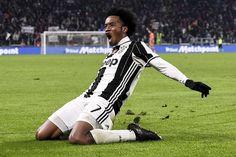 @Juventus Spaventoso il colombiano #Cuadrado: goal allucinante da 30 metri #ForzaJuve #FinoAllaFine #9ine
