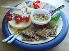 Hansel og Gretel....veien bort fra pepperkakehuset: Nannahs Knekkebrød. Breakfast Time, Granola, Acai Bowl, Oatmeal, Low Carb, Pudding, Lunch, Snacks, Dinner