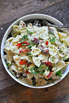 Vegan Tzatziki Pasta Salad - Rabbit and Wolves