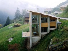 Referência casa em declive - Barranco [Solução em níveis]
