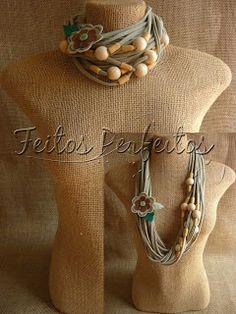 http://www.feitosperfeitos.blogspot.com/search/label/COLAR%20DE%20MALHA