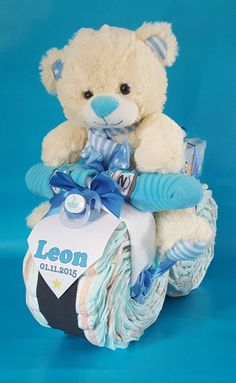 ♥ ★ XL diaper motorcycle in blue ★ ♥ ♥★ XL Windel-Motorrad in Blau ★♥, Regalo Baby Shower, Baby Boy Shower, Baby Shower Gifts, Nappy Cakes, Shower Bebe, Couches, Diy Gifts, Creations, Kids Crafts