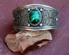 Nice Solid Vintage Style Bracelet From Nepal With door EASTERNSOULS