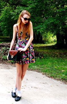 She's in love with the world (by Megan Brigance) http://lookbook.nu/look/2303341-She-s-in-love-with-the-world