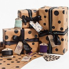 Black Dotty Gift Wrap A gorgeous gift wrap perfect for all occasions. The Espresso Dots Brown Gift Wrap consists of chic black dots hand screen printed onto Luxury Traditional Brown Paper. This Gift Wrap is recycled and printed using Eco Friendly. Diy Gift Box, Gift Tags, Gift Boxes, Cute Gifts, Diy Gifts, Browns Gifts, Ribbon Wrap, Simple Gifts, Unique Gifts