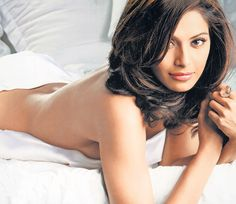 Bipasha Basu strikes a seductive pose  2011