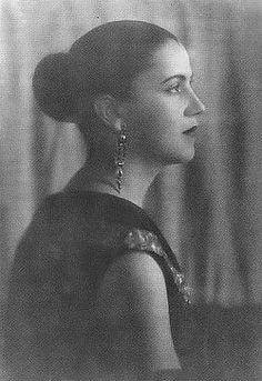 Tarsila do Amaral (Modernist Artist) http://en.wikipedia.org/wiki/Tarsila_do_amaral