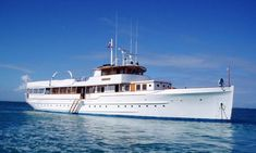 MARINER III is a luxury motor super yacht available for charter built in Charter up to 12 guests in cabins with a crew of . Big Yachts, Super Yachts, Luxury Yachts, Plywood Boat Plans, Wooden Boat Plans, Yacht Design, Classic Yachts, Boat Insurance, Yacht Boat
