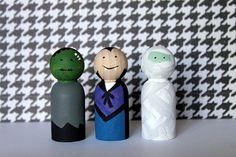 Crossing the Bugger-Dixon Line: Halloween Costume Peg Ornaments
