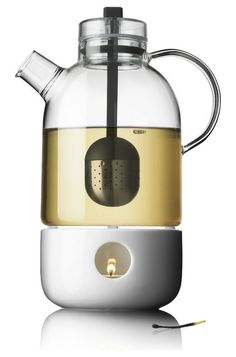 contemporary coffee makers and tea kettles by Creative Danes