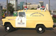 The 1957 GMC truck was the first bomb unit truck for the Edmonton Police Service, and was in service until approximately 1975 to Lifted Dually, Emergency Vehicles, Police Vehicles, Old Police Cars, Police Uniforms, Cartoon Network Adventure Time, Classic Cartoons, Gmc Trucks, Commercial Vehicle