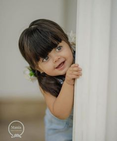 Cute Little Baby Girl, Cute Baby Girl Pictures, My Baby Girl, Baby Love, Beautiful Baby Pictures, Beautiful Babies, Cute Babies Photography, Friend Photography, Cute Baby Girl Wallpaper