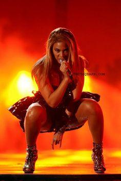 Beyonce Satanic Hand Gesture