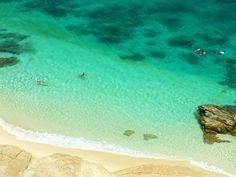 宝石のように輝く海!沖縄・渡嘉敷島の無人島「ハナレ島」で異次元の海の色を満喫 | 沖縄県 | Travel.jp[たびねす]