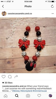 Chunky Bead Necklaces, Chunky Beads, Beaded Necklace, Disneyland, Red And White, Jewelery, Minnie Mouse, Drop Earrings, Diy