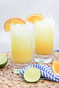 Orange Crush Cocktail combines fresh squeezed orange juice, vodka, triple sec and seltzer for a refreshing drink Orange Crush Cocktail, Orange Juice And Vodka, Orange Drinks, Orange Juice Cocktails, Orange Crush Drink, Lime Juice, Refreshing Drinks, Summer Drinks, Fun Drinks