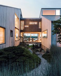 Modern Connecticut summer home renovation with bleached cedar siding on the volumes connected by glass bridge Space Architecture, Modern Architecture House, California Architecture, Australian Architecture, Higher Design, Prefab, Inspired Homes, Interior And Exterior, Modern Exterior