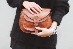 """Diese attraktive Tasche aus hochwertigem Ziegenleder präsentiert sich erfrischend im unkoventionellen und jugendlichen Design. """"Evelyn"""" macht aus Deinem Outfit etwas ganz Besonderes - Vintage - Boho - Lifestyle - GustiLove - Gusti Leder - K54b"""