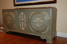 Beautiful Buffet Makeover in Chalk Paint® Decorative Paint by Annie Sloan