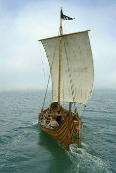 "Viking ship replica, ""Tyra"", based in Hardanger, Norway. Viking Culture, Viking Life, Viking Ship, Norse Vikings, Wooden Ship, Small Boats, Wooden Boats, Tall Ships, Boat Building"