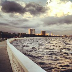 Bayshore blvd... a place that makes me realize I can get to where I want if I try my best.