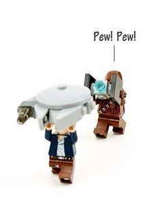 LEGO Star Wars- This is cute, except for the fact that Chewie can't make those noises Lego Star Wars, Star Trek, Star Wars Stormtrooper, Star Wars Love, Lego Krieg, Star Wars Figure, Amour Star Wars, Obi Wan, Figurine Lego