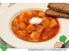 Erdäpfelgulasch - familienfreundliches Rezept für Kartoffelgulasch - perfektes Essen für kalte Tage