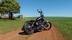 . Old School Motorcycles, Vintage Motorcycles, Yamaha Virago, Bobber Bikes, Bobber Chopper, Building, Inspiration, Biblical Inspiration, Buildings