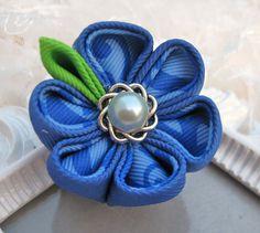 Kanzashi Flower Hair clip by krantwist on Etsy, $6.99