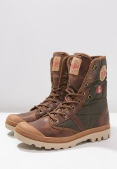 Palladium BAGGY EXP - So cool- my new favorite boots.
