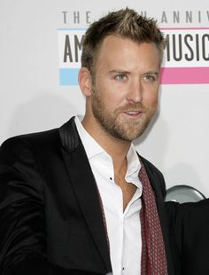 Charles Kelley Lady Antebellum he is yummy