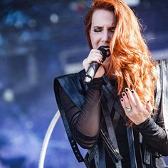 Epica - Download Festival France 2017 . . . . . @epicaofficial @smoonstyle #epica #simonesimons #metal #download #downloadfestival #gothic #festivalsummer #festivals #concert #music #live #gig #concertphotography #concertphotographer #htbarp #photooftheday #teamcanon #canon #canon6d #lightroom #adobe
