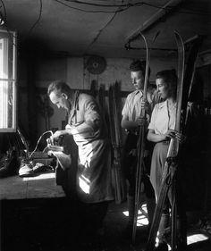 Robert Doisneau // Mountain - Le fartage, Tyrol Avril 1946