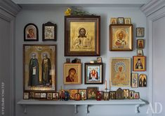 News and Trends from Best Interior Designers Arround the World Prayer Corner, Prayer Wall, Prayer Room, Best Interior, Interior Design, Catholic Altar, Home Altar, Home Icon, Wall Crosses