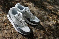 nike air max 1 essential grey/white