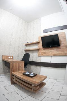 Seu local de trabalho funcional e charmoso! #moveisplanejadosguarapuava #moveisplanejados #detalhes #guarapuava #escritorioplanejado #armarioplanejado #mesaplanejada