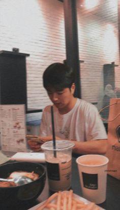 koo june ikon as your boyfriend Mix And Match Ikon, Ikon Member, Koo Jun Hoe, Kim Jinhwan, Ikon Kpop, Ikon Wallpaper, Kwon Hyuk, All About Kpop, Korean Boys Ulzzang