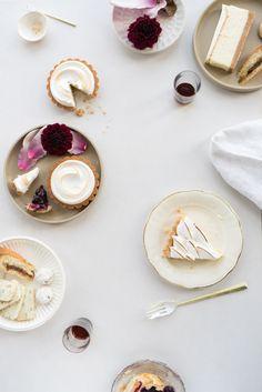 QUITOKEETO | Futagami Flatware & Hasami plates Food Decoration, Tea Time, Panna Cotta, Food Photography, Food And Drink, Plates, Ceramics, Eat, Flatware