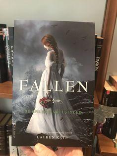 lauren kate (@laurenkatebooks) | Twitter A new face of Fallen crossed my desk today. The Danish Unforgiven
